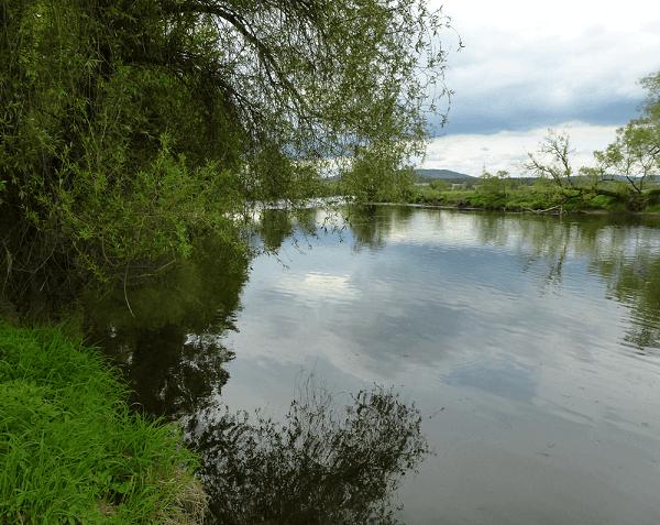 Fluss Regen Angeln